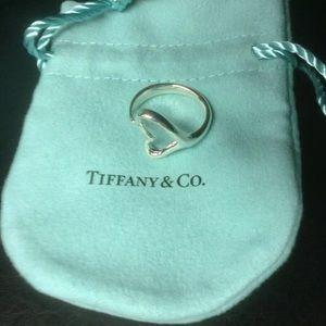 Tiffany&co MD Open Heart Ring Sz 7